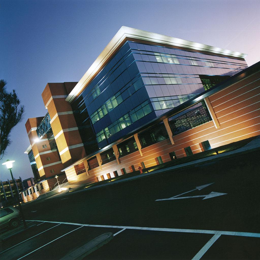Central headquarters acciona